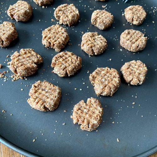 vegan raw peanut butter cookies
